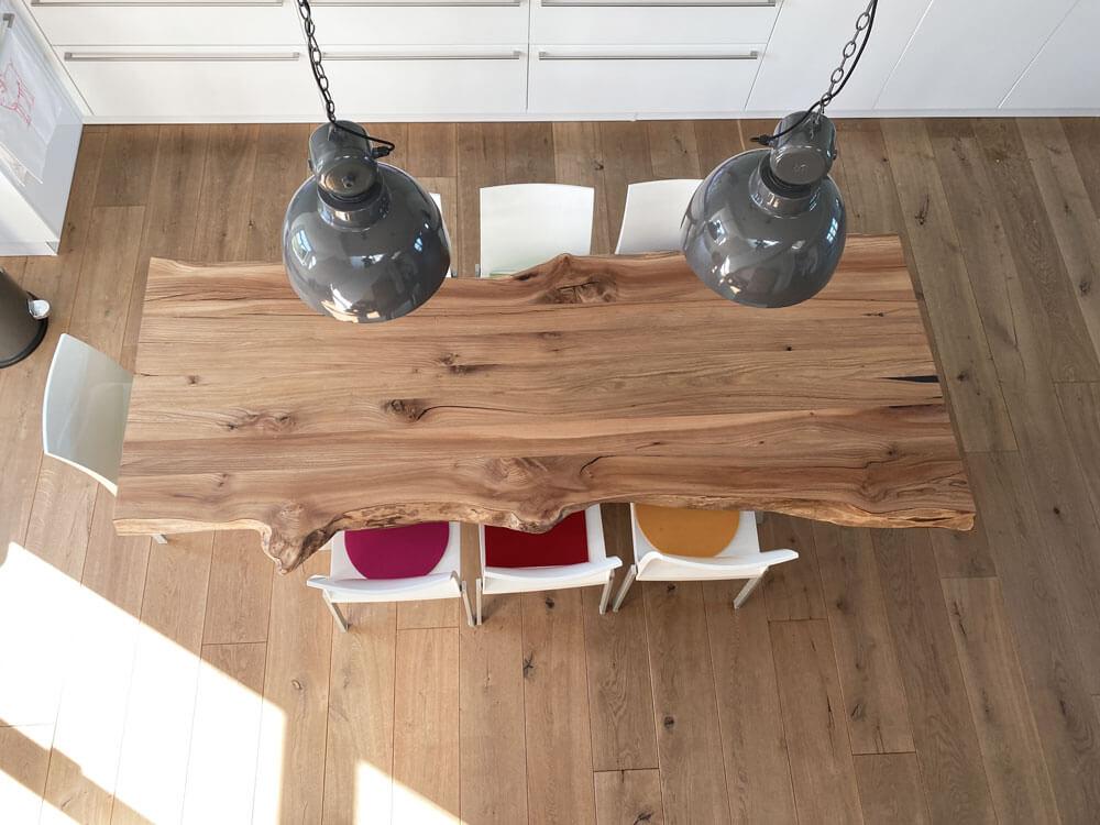 Esstisch aus einem Stück | Massivholztisch | Esstisch Custom Design