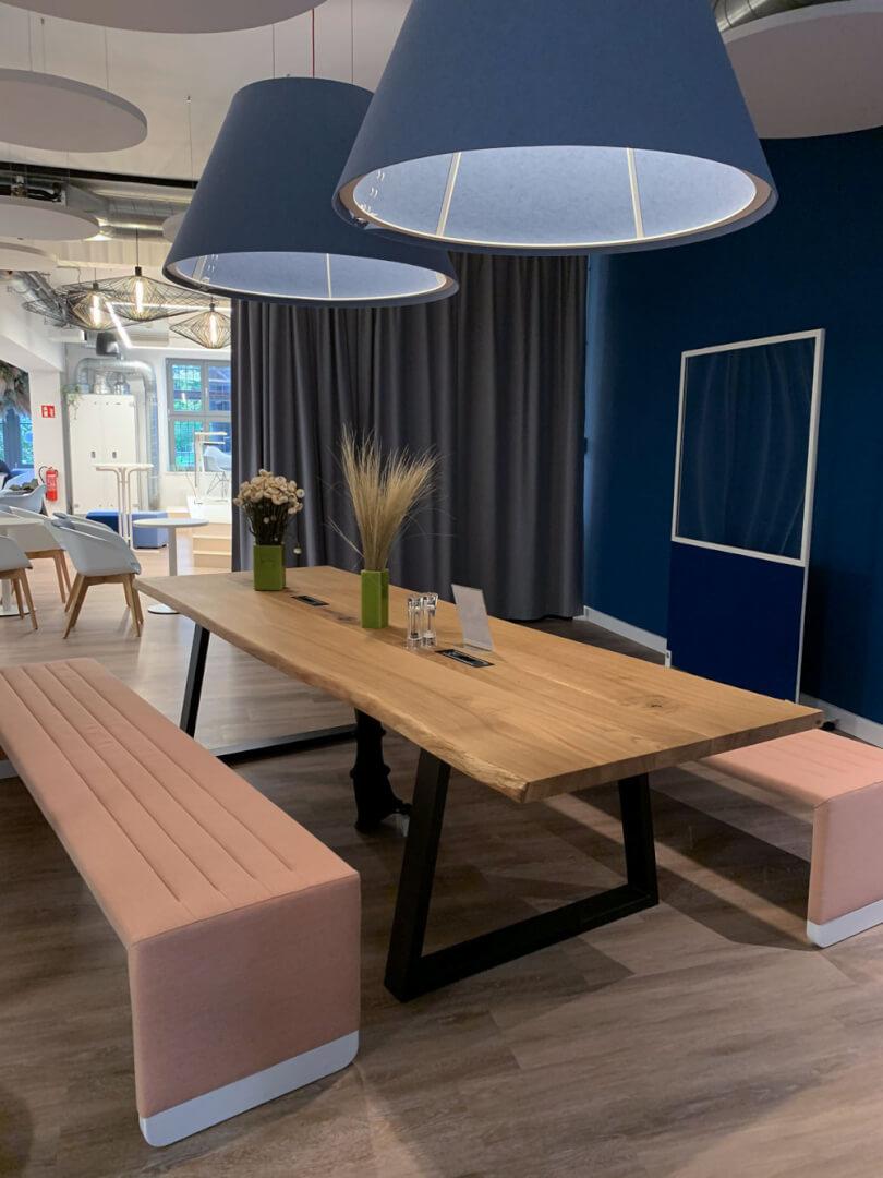 Konferenztisch aus Massivholz | massiver Besprechungstisch | Echtholz aus Hamburg