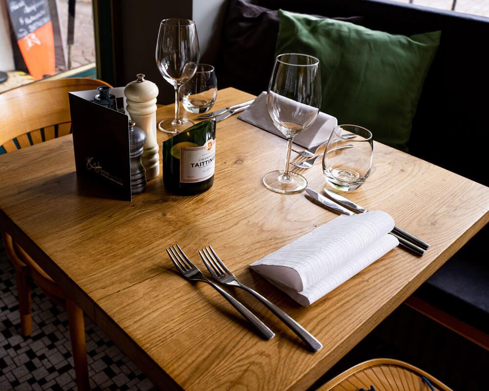 Gastrotisch | Bistrotisch Natur Holz | Gastronomie Naturholz Tisch | Echtholz | Gastro Tisch Hamburg