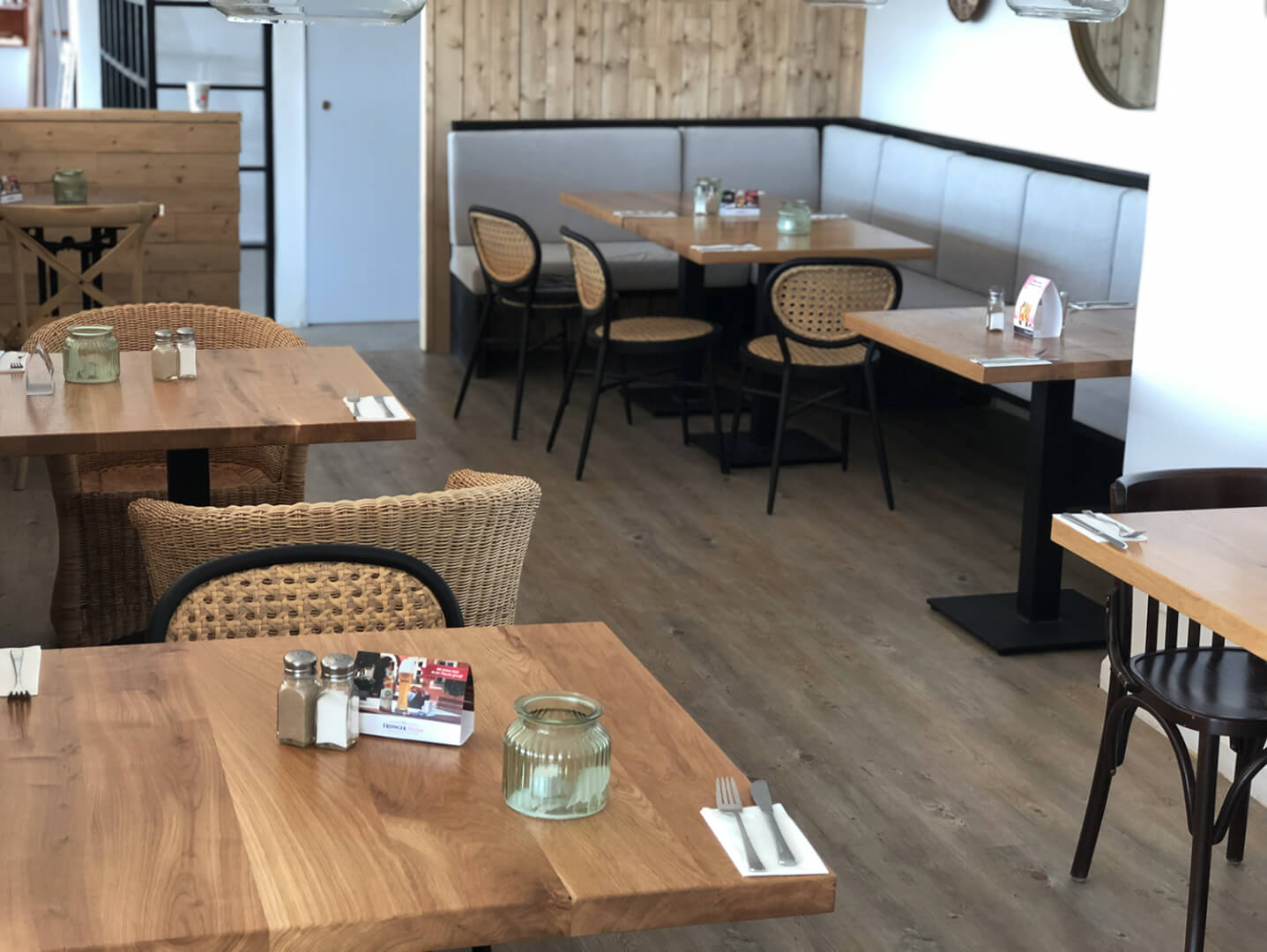 Gastronomie Tische | Inneneinrichtung Gastronomie | individuell
