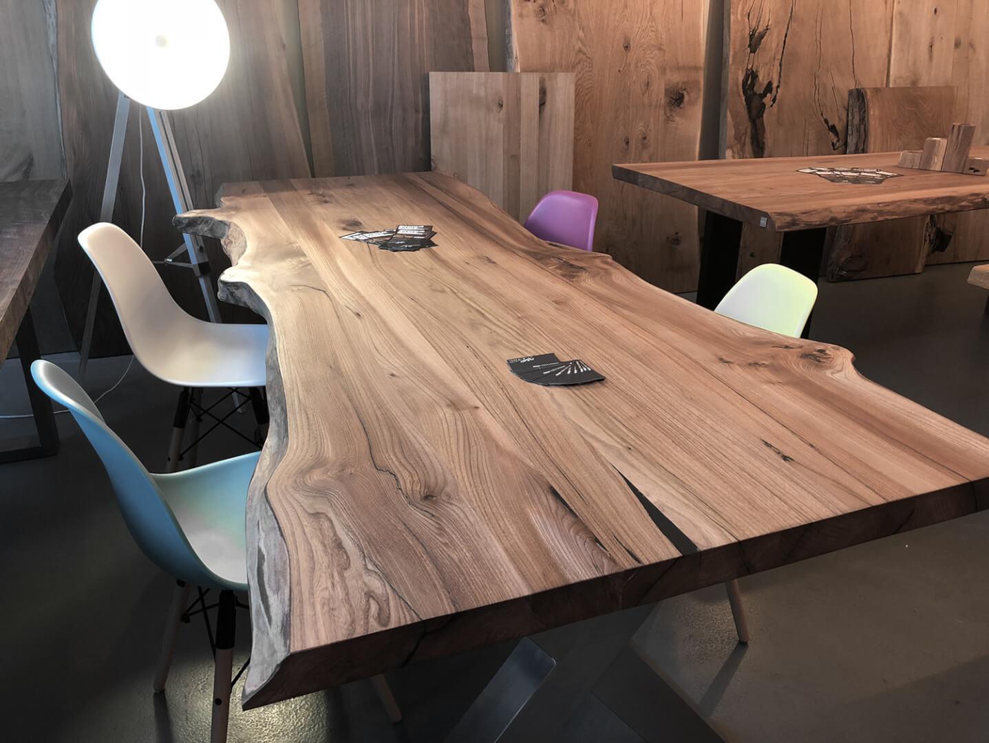 Esstisch Ulmenholz | Ulme Esszimmertisch | massive Tischplatte